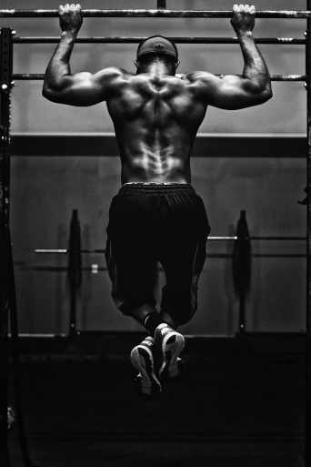 body-workout-muscle-pull-up